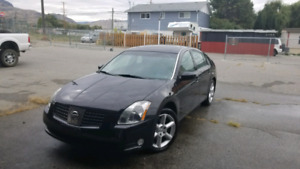 2004 Nissan Maxima LOADED! Price is negotiable.