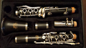 Berkeley C clarinet  hard rubber body. Great playing