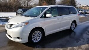 2014 Toyota Sienna LIMITED AWD * NAVI, CAMERA, SUNROOF *