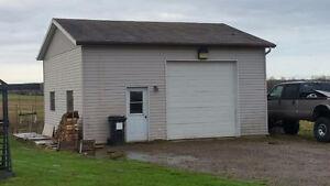 Garage environ 25 x 30 à louer