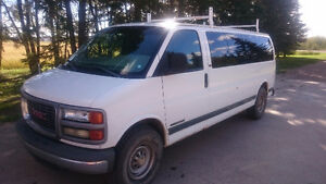 2001 GMC Safari 3500 EXT Minivan, Van