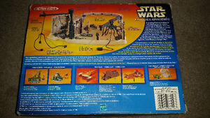 VINTAGE STAR WARS  podracer hangar bay. only 19$ see my other ad London Ontario image 2