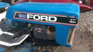 Bolens / ford lawn mower tractor for sale Kitchener / Waterloo Kitchener Area image 3