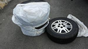 pneus avec rims 235/65R16