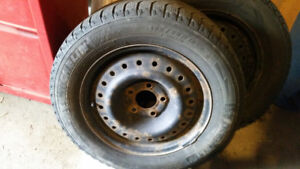 WINTER TIRES - 3 Michelin and 1 Snow Lion with Rims 195/65/R15