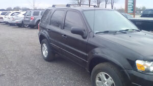 2007 Ford Escape Limited v6 4WD London Ontario image 3