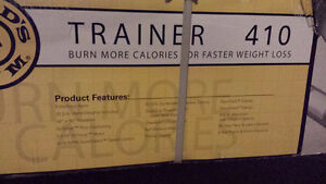 Golds Gym Trainer 410 Treadmill - Never Opened Give it as a Gift Oakville / Halton Region Toronto (GTA) image 4