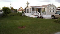 Wasaga Beach Breckenridge 3 beds with cathedral ceiling sunroom