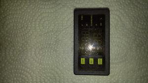 Battery monitor London Ontario image 1