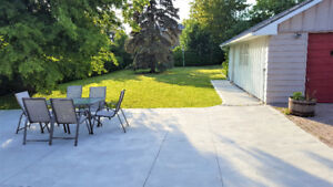 Luxurious Bungalow for rent in South Oakville