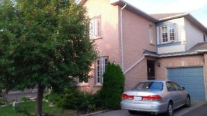 3 BR townhouse near 400/407/Vaughan Subway-available March 1st