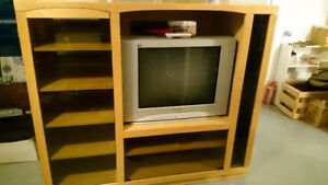 Solid wood entertainment unit with tv