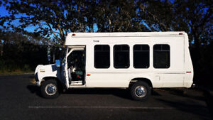 LOW KM 1991 Ford F350 Minibus, Bus, Minivan, Van, RV, Conversion