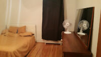 Room in Monkland Village ! HighQuality Housing, Jacouzi