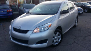 2009 Toyota Matrix Hatchback - ONE OWNER! TOYOTA SERVICE HISTORY