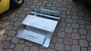 meat  wraping machine Gatineau Ottawa / Gatineau Area image 2