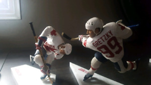 Gretzky Messier Team Canada collectable McFarlane figure
