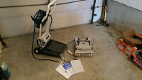 DX8 pool cleaning robot