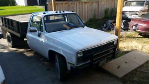 Dump truck 1982