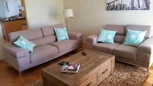 Relocating Overseas: Living Room Furniture Murrumbeena Glen Eira Area Preview