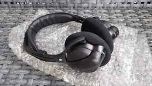 Brand New Caravan Wireless DVD Headphones For 2003-08 Systems