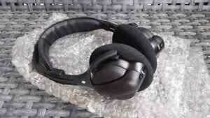 Brand New Caravan Wireless DVD Headphones For 2003-08 Systems Peterborough Peterborough Area image 1