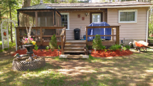Vacation Rental - 2bedroom Cottage in Heart of Cottage Country!