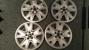 2014  Ford escape 17inch factory hubcaps, Great condition!