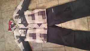 Boys oshkosh size 7 snowsuit