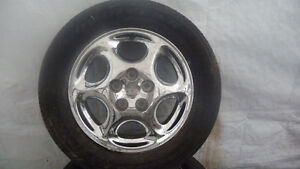 Four 225 60 16 Summer tires and Chrome mags
