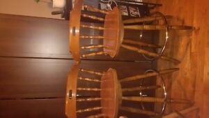 Shelves, Bar Stools, Lamps, Spoon Rack, Digettal Photo Frame,