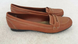 Womens Low Heel Loafers Shoes, Size 12