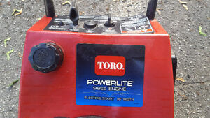"TORO POWERLITE SNOWBLOWER - 98cc ENGINE - ELECTRIC START - 16"" W"