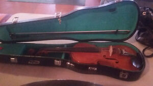"""""""Gohlis"""" violin in emaculate condition"""