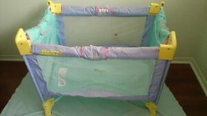 Evenflo Happy Camper Playpen