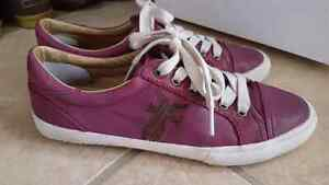 Frye Kira low top leather sneakers size 9, runs small