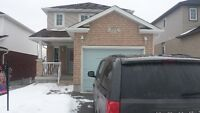 Amazing South End location - 843 Frontenac Cres.