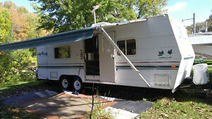 RV Travel Trailer- light weight towing! Spring is Coming
