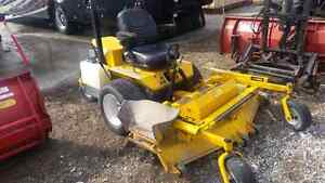 2009 Walker mower 27hp 62 in deck