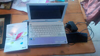 Acer Aspire One Netbook AND Accessories! $100 OBO