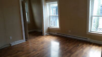 Large/Bright 2 Bedroom + Office Uptown - September Free