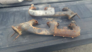 REDUCED Set of 350 TBI exhaust manifolds