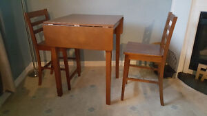 Small pub style table and stools