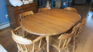 Dining Room Set with Buffet & Hutch