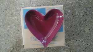 2 NEW VALENTINES Heart  PAMPERED CHEF Simple Additions dishes