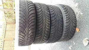 Good-year winter tires 235/70/R16 4 for  $220 West Island Greater Montréal image 1