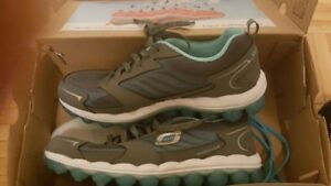 new skechers shoes 7,5 size