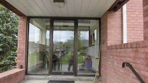 $1175 / 2br - Large two bedroom apartment with balcony in Picton