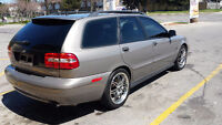 2004 Volvo V40 LSE Sport Wagon AS IS