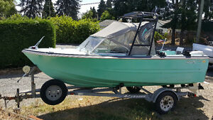 17.5ft boat new 90hp etec